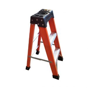 Tradecraft 3' Fiberglass  Step Ladder Grade 1A 300lbs