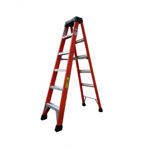Tradecraft 6' Fiberglass  Step Ladder Grade 1A 300lbs